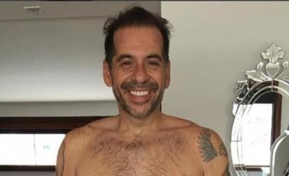 60 kg mais magro, Leandro Hassum surpreende em selfie sem camisa