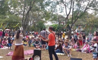 CCBB de Brasília recebe evento para crianças com muitas brincadeiras e troca de figurinhas