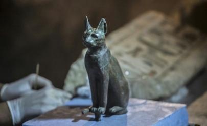 Tumbas com dezenas de gatos mumificados são descobertas no Egito