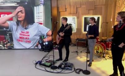 Declaração de Mari Palma ao vivo para vocalista do Hanson viraliza na web