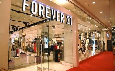 Forever 21 está em promoção 'compre uma, leve outra'