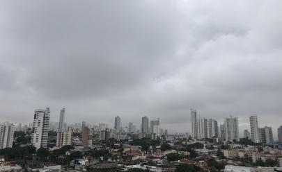 Prepare a sombrinha! Chuva volta a cair em Goiânia e traz temperaturas mais baixas