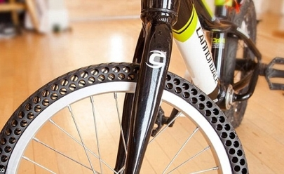 Este pneu de bicicleta não fura e não dá manutenção