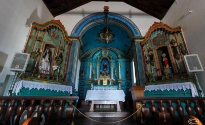 Por dentro da histórica Igreja Matriz do século 18 de Corumbá de Goiás