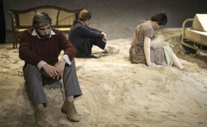 Espetáculo teatral em Brasília conta história de mulher que ficou 29 anos em coma