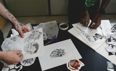 Evento com entrada gratuita reúne bazar, comidinhas e flash de tatuagens em Goiânia