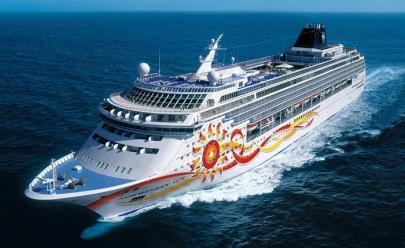 Empresa oferece empregos a brasileiros em navios de cruzeiro com salários de até R$5.200