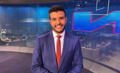 Após apresentar o Jornal Nacional Matheus Ribeiro se emociona em vídeo de agradecimento
