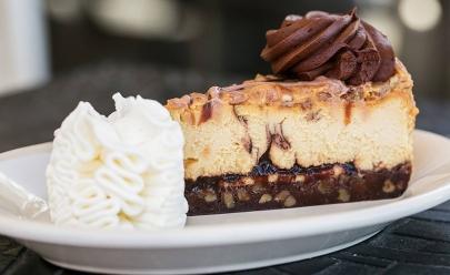 Tortas da rede americana The Cheesecake Factory chegam a Uberaba