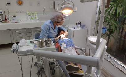 Universidade oferece atendimento odontológico gratuito para crianças e adolescentes em Goiânia