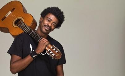 Seu Jorge traz show Voz e Violão a Brasília