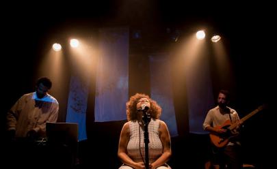 Tatiana Nascimento apresenta show Meio Beat Meio Banzo em Brasília