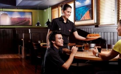 Outback Steakhouse abre 75 vagas de trabalho para restaurantes em Goiânia
