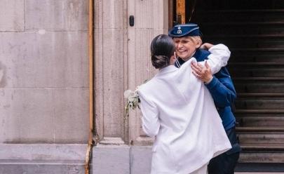 A história dessa jovem de Goiânia que teve o casamento na Europa 'salvo' por uma policial vai melhorar seu dia