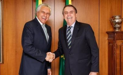 Jair Bolsonaro participa de evento religioso esta manhã em Goiânia