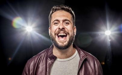 Maurício Meirelles apresenta stand up comedy 'Levando o Caos' em Goiânia
