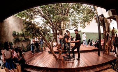 'Retetê' é uma mistura cosmopolita de beer garden com deck, pista de dança, bar, point gastronômico e rua em Goiânia