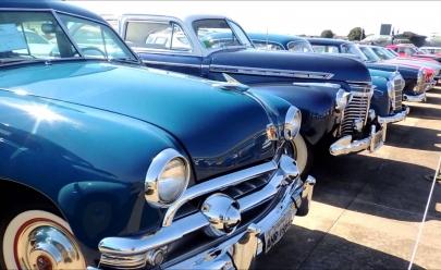 Caldas Novas recebe o 11º Encontro de Carros Antigos