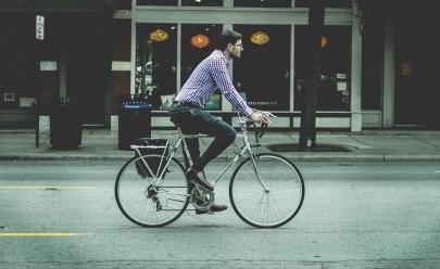 Servidor que pedalar de casa para o trabalho ganhará folga em Goiânia