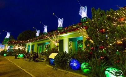 Goiânia recebe decoração para o Show de Natal na Praça Cívica