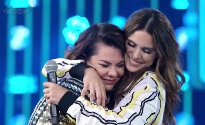 Fernanda Souza se emociona com música de Aline Barros e agradece Bruna Marquezine