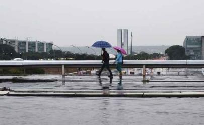 Prepare a sombrinha: meteorologia prevê chuva para Brasília