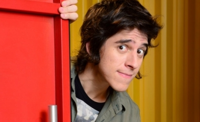 Comediante Patrick Maia apresenta stand up amanhã em Goiânia