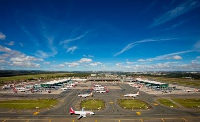 Aeroporto de Brasília recebe corrida em uma de suas pistas