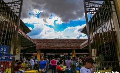 Programação gratuita de happy hour com música ao vivo no Mercado Popular da 74 agitam Goiânia