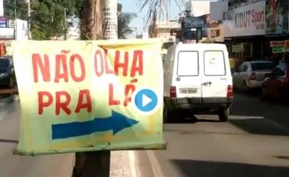 Barbearia em Riacho Fundo (DF) faz sucesso nas redes sociais com propaganda genial; veja o vídeo