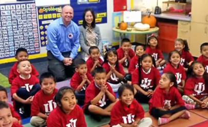 Casal norte-americano decide pagar faculdade para 26 crianças