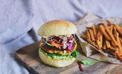 Goiânia recebe rodízio de sanduíches veganos com entrada de R$ 20