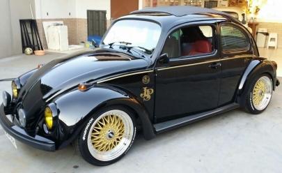 Exposição de carros antigos do Shopping Estação acontece em Goiânia