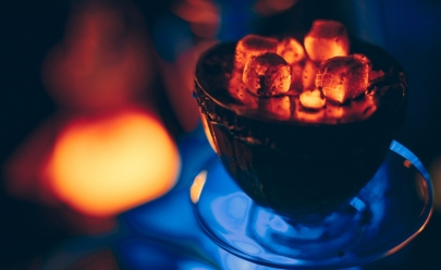 9 bares em Goiânia essenciais para os amantes do narguilé