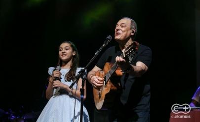 Durante show em Goiânia, Toquinho revela porque não tem Instagram e Facebook; veja o vídeo