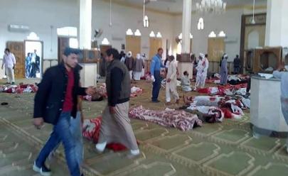 Atentado a mesquita deixa mais de 180 mortos no Egito