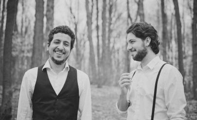 Dupla 'Os Arrais' mostra seu indie folk cristão em show em Goiânia