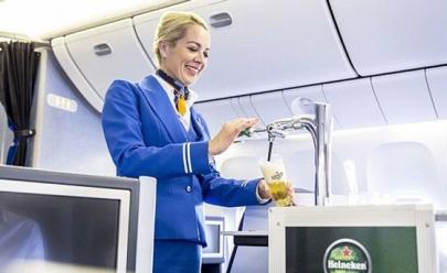Companhia aérea holandesa será a primeira do mundo a servir cerveja direto do barril