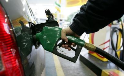 Gasolina pode ficar mais barata