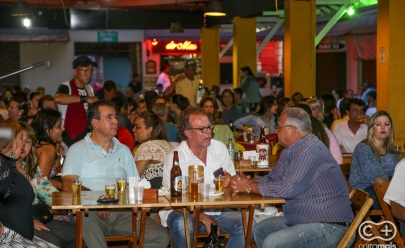 'Sons de Mecado' é o happy hour gratuito com música ao vivo do Mercado Popular da 74 em Goiânia