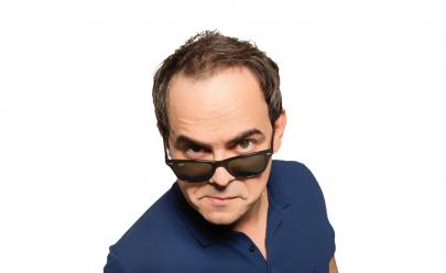 Márvio Lucio, o Carioca, interpreta todos os seus personagens em show 'Ao Vivo' em Goiânia