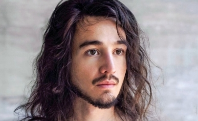 Tiago Iorc anuncia turnê de retorno aos palcos e tem show marcado em Brasília