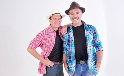 Nilton Pinto & Tom Carvalho apresentam show de humor em Goiânia
