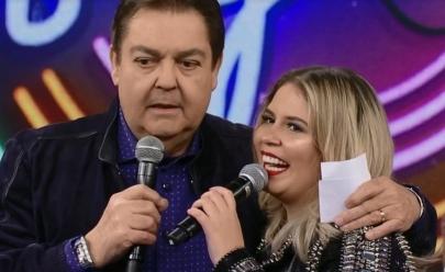 20 kg mais magra, Marília Mendonça cobra Faustão: 'Não vai falar que eu emagreci?'
