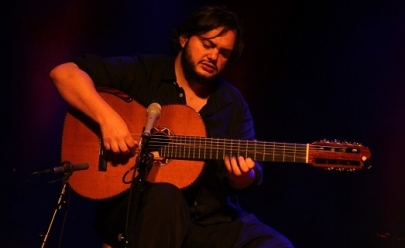 Yamandú Costa faz show único em Brasília
