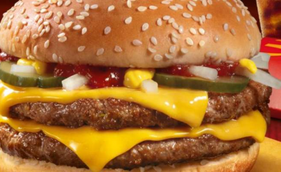 McDonald's faz mudança histórica ao trocar carne congelada por fresca em hambúrguer