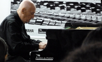 Pianista de Brasília faz concerto gratuito na cidade