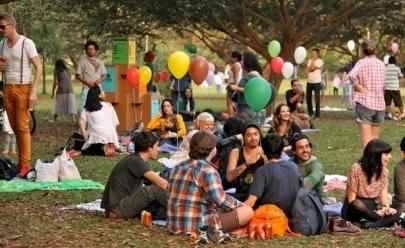 Piquenique oferece a oportunidade de praticar idiomas gratuitamente em Goiânia