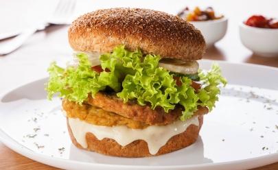 Achadinho pros veganos: restaurante Curupira tem cardápio 100% natural