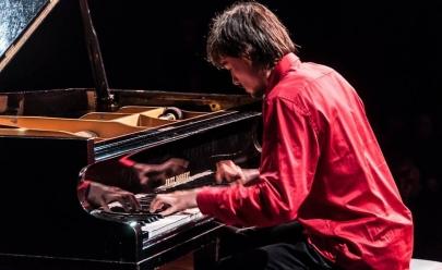 Em concerto inédito, pianista Bruno Hrabovsky toca clássicos do rock em Uberaba